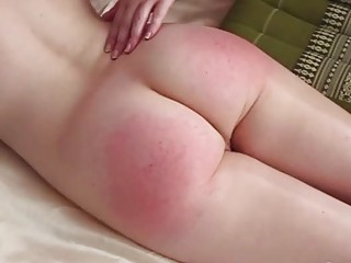 Cute naked bukkake babe gets her cute ass slapped hard