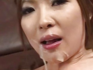 Gorgeous Japanese babe swallows juicy cum