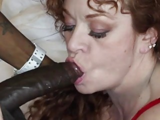 Chunky mature bitch shows her fellation skills on big cock