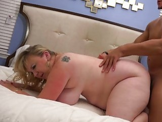 Doggy style banging a bbw in bed