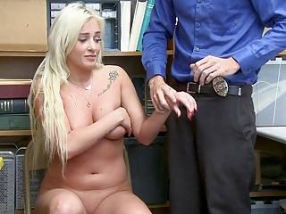 Blonde pays for shoplifting with her juicy cunt